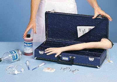 LF00958 - Dětský simulátor paže pro aplikaci injekce