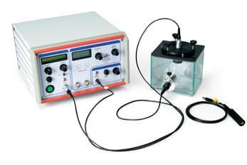 Ultrazvukový generátor stálých vln