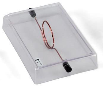 Vodič ve tvaru oka na akrylátové základně