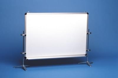 1329 - Magnetická tabule se stojanem