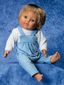 """W17006 - """"Fyzio"""" panenka, s chlapeckým oblečením"""