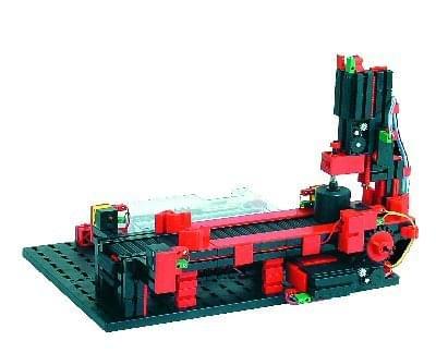 51663 - Punching machine with conveyor belt 9 V