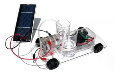 Vědecká sada s autem na palivový článek