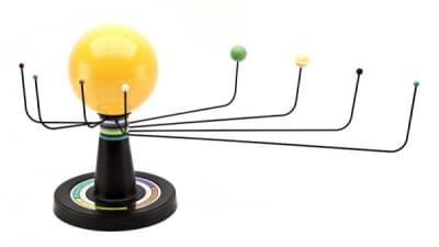 HS200 – Model sluneční soustavy