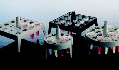 Stojan na mikrozkumavky, PP, plovoucí, čtvercový, bílý