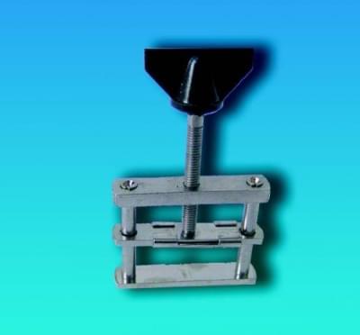 Tlačka hadicová Hofmanova se závitem, pro průměry hadic do 21 mm