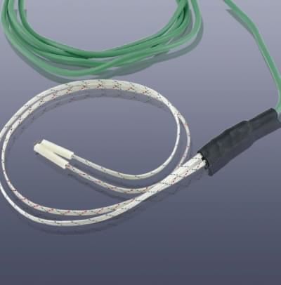 KM-TNF - NiCr-Ni teplotní čidlo, ploché, průměr 0,4 x 15 x 400 mm, nerez plášť V2A, do 400°C, bez koncovky