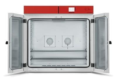 M400 - Materiálová testovací komora o objemu 400l s nucenou cirkulací a programovatelnou regulací, BINDER