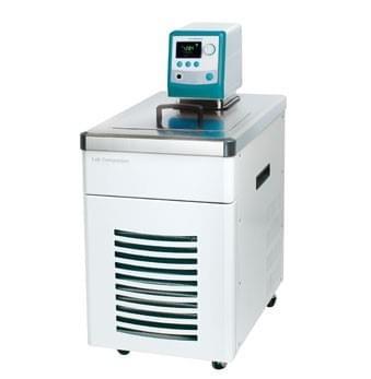 RW3-2025 - Chladicí  termostat s vnější cirkulací