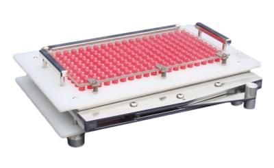 Strojek na plnění 200 ks tobolek